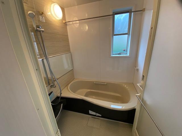 【浴室】藤沢市亀井野 中古戸建