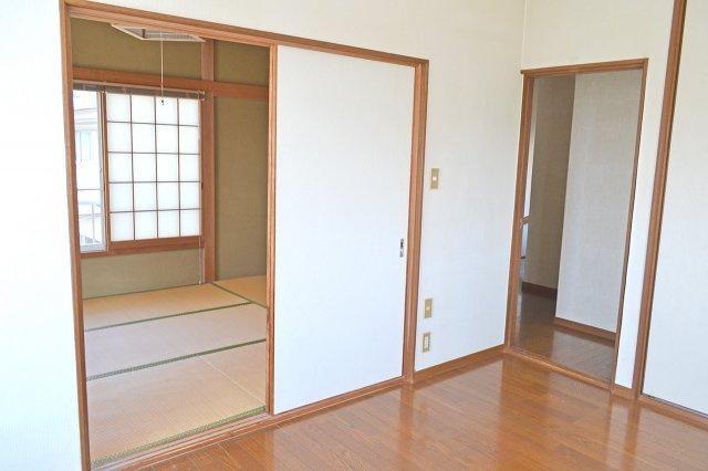 2階にも和室(6帖)あります