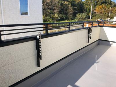 伊丹市稲野町1丁目 新築一戸建て 同一仕様例写真です。実際とは色・柄等が異なります。