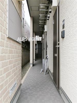 アパート入り口部分。