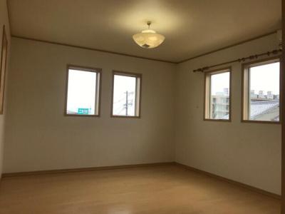 【洋室】八尾市楽音寺2丁目 中古戸建て