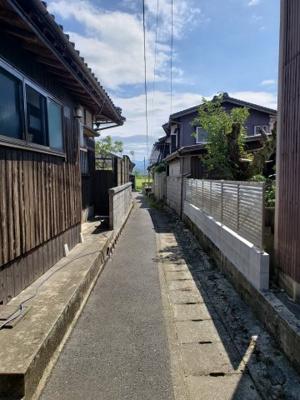 【前面道路含む現地写真】鳥取市国安中古住宅