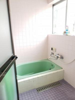 【浴室】鳥取市国安中古住宅