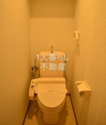 ウォシュレット付きトイレです*別室参考写真