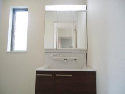 【独立洗面台】神戸市垂水区西脇2丁目Ⅲ 新築一戸建て 1区画分譲