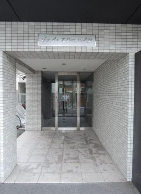 【エントランス】ジェイ・スリーハイツ