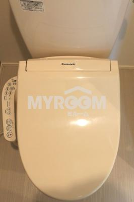 温水洗浄機能付トイレ(同一仕様写真)