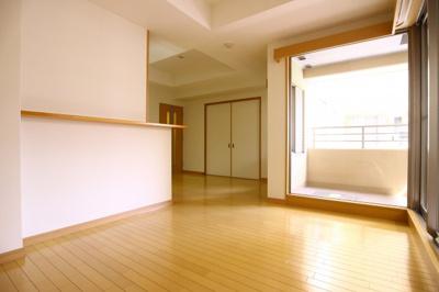 【居間・リビング】セントファミーユ西神戸ノースフィールド