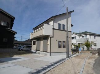 碧南市西浜町3丁目新築分譲住宅2号棟写真です。2021年9月撮影