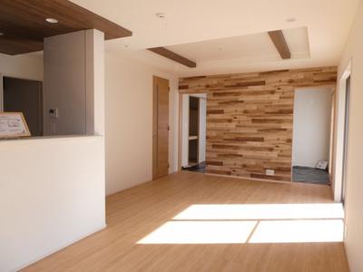 碧南市西浜町3丁目新築分譲住宅1号棟写真です。2021年8月撮影