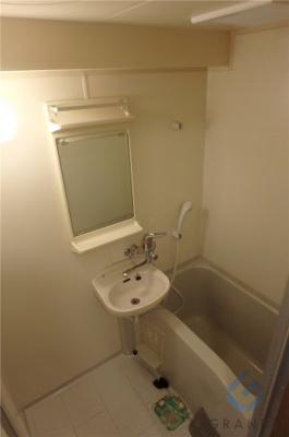 【浴室】コート淡路