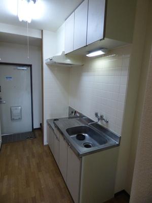 ※写真は201号室のものです。