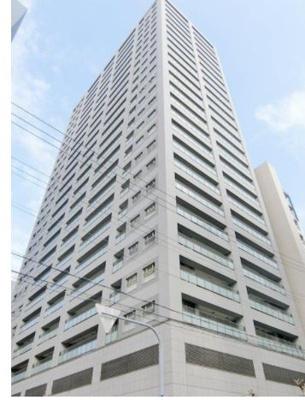 大阪メトロ御堂筋線「中津」駅徒歩約3分、阪急電鉄「大阪梅田」駅徒歩約6分で通勤・通学・買い物に便利な立地の当社マンションブランド「ジオ」免震構造25階建タワーマンションです♪