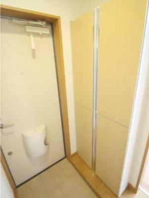 【玄関】パークサイドハウス三軒茶屋 リフォーム済 バストイレ別 収納豊富