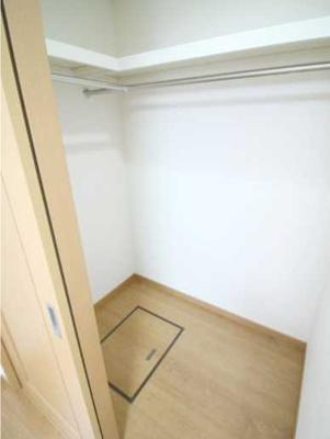 【収納】パークサイドハウス三軒茶屋 リフォーム済 バストイレ別 収納豊富