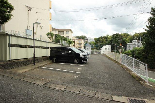 【駐車場】小笹ハイツ五号棟 38棟