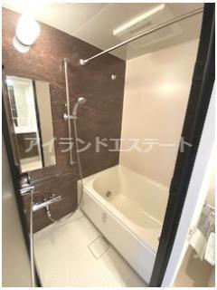 【浴室】クレヴィアリグゼ三軒茶屋 駅近 独立洗面台 浴室乾燥機