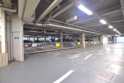 大森プロストシティレジデンスの駐車場です。