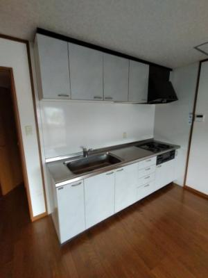 【キッチン】メイプルリーフ新石切