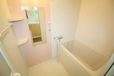【浴室】豊中市本町戸建貸家