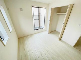 【洋室】草加市花栗1丁目新築戸建て