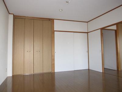 【寝室】マッシュルーム77