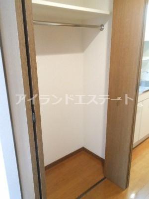 【収納】ティアラ三軒茶屋 ネット無料 独立洗面台 オートロック