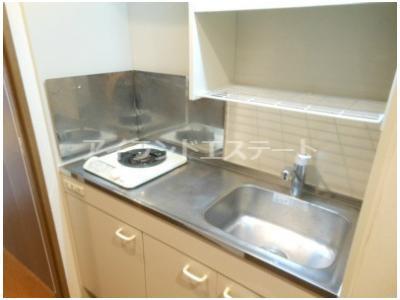 【キッチン】ティアラ三軒茶屋 ネット無料 独立洗面台 オートロック