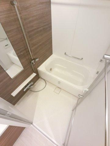 【浴室】幕張ベイパークススカイグランドタワー