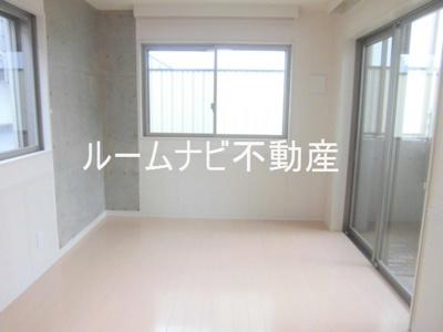 【居間・リビング】ペルレ西日暮里