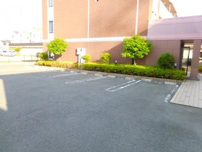 【駐車場】ルミナスオクダ