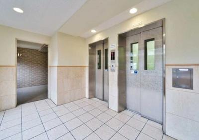 クリオレジダンス東京E棟のエレベータ―です。