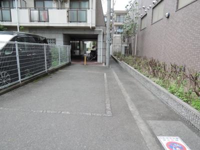 【駐車場】プランドール千里丘