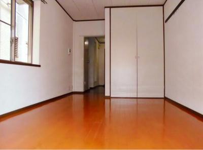 【洋室】ガーデンハウス