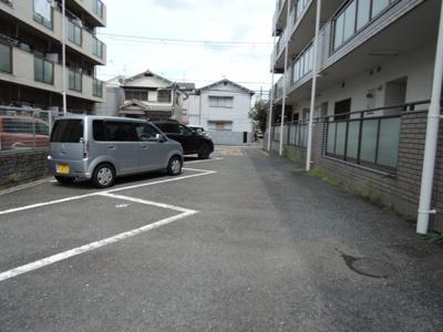 【駐車場】ファミールシーダ