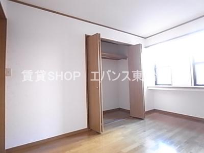 【寝室】グローバルヴィラ弐番館