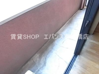 【バルコニー】グローバルヴィラ弐番館