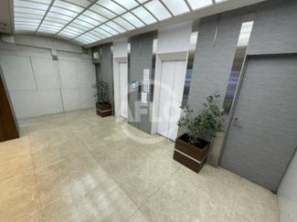 嶌野ビル エレベーターホール