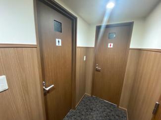 西天満FUKUE BLD(西天満フクエビル) 男女トイレ別