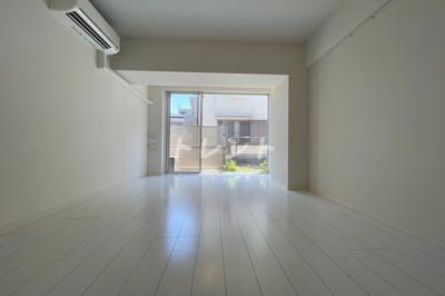【居間・リビング】モンテヴェルデ神楽坂