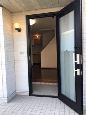 【エントランス】堅田① 店舗付住宅