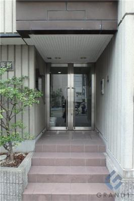 【エントランス】ノエル新町
