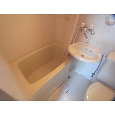【浴室】シャルマン山本通