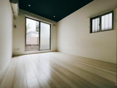 【居間・リビング】ラフィネ三軒茶屋