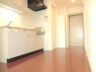 ☆広めのキッチンスペース・冷蔵庫&食器棚等・置けます。☆