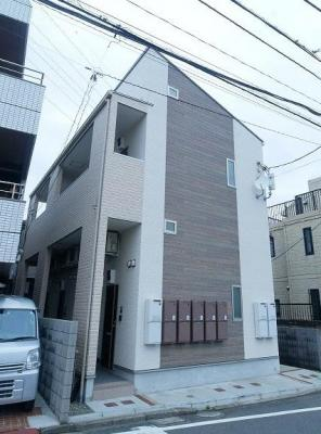 JR横須賀線「保土ヶ谷」駅より徒歩7分の築浅デザイナーズアパート