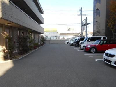 【駐車場】シャーメゾンメルヴィーユ