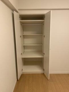 各居室に収納がございますので、お部屋もスッキリと整理できます。