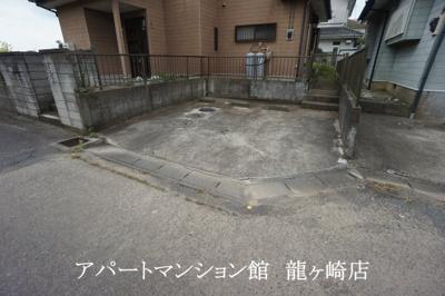 【駐車場】河内町猿島邸