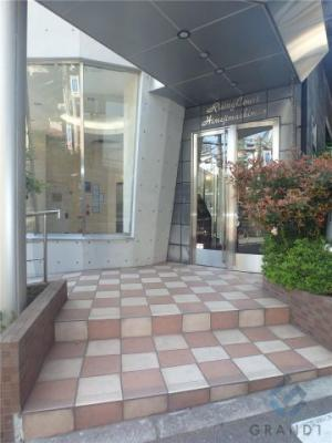【エントランス】ライジングコート姫島駅前